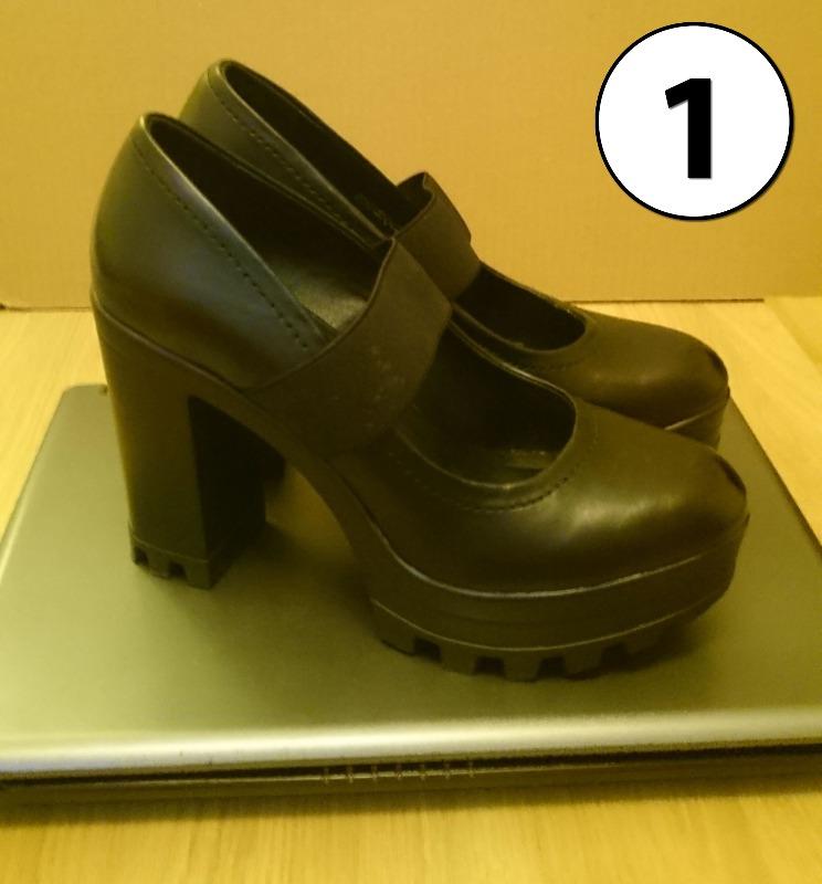 heelscrushlaptop1.jpg