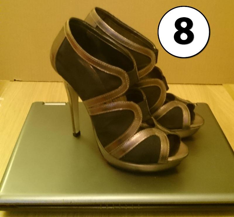 heelscrushlaptop8.jpg